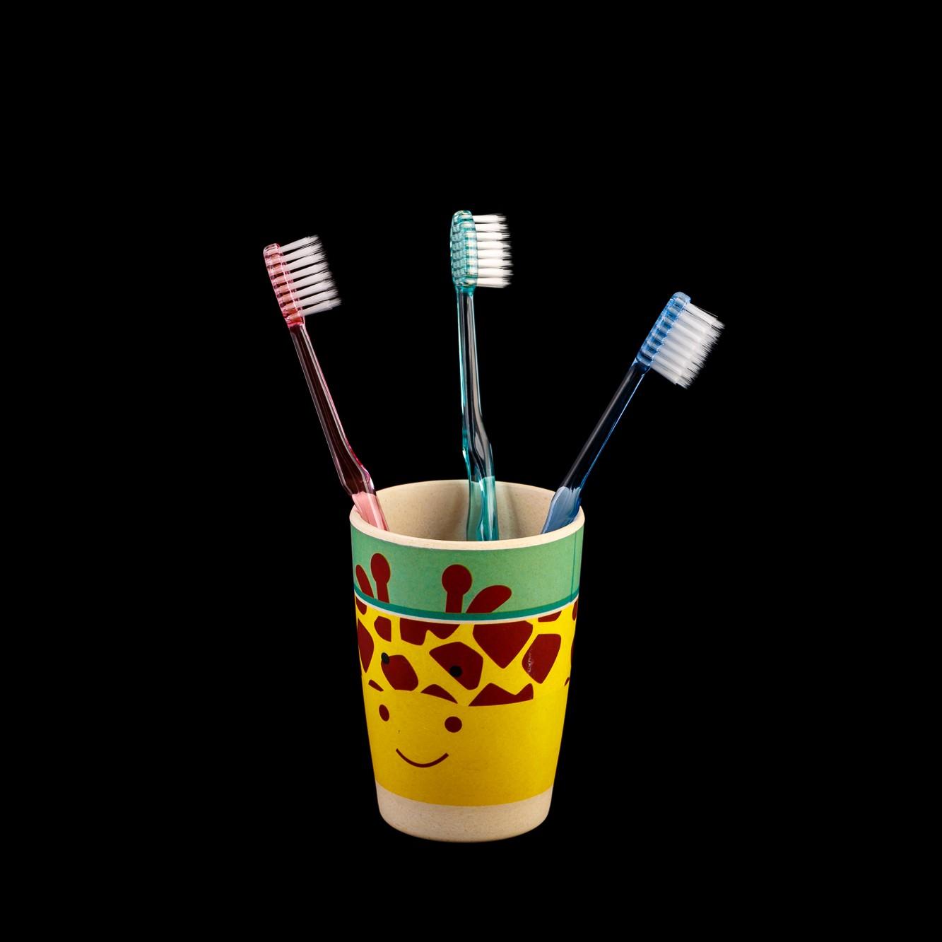 Зубная щетка Crystal Fresh с натуральной керамикой, фото 2